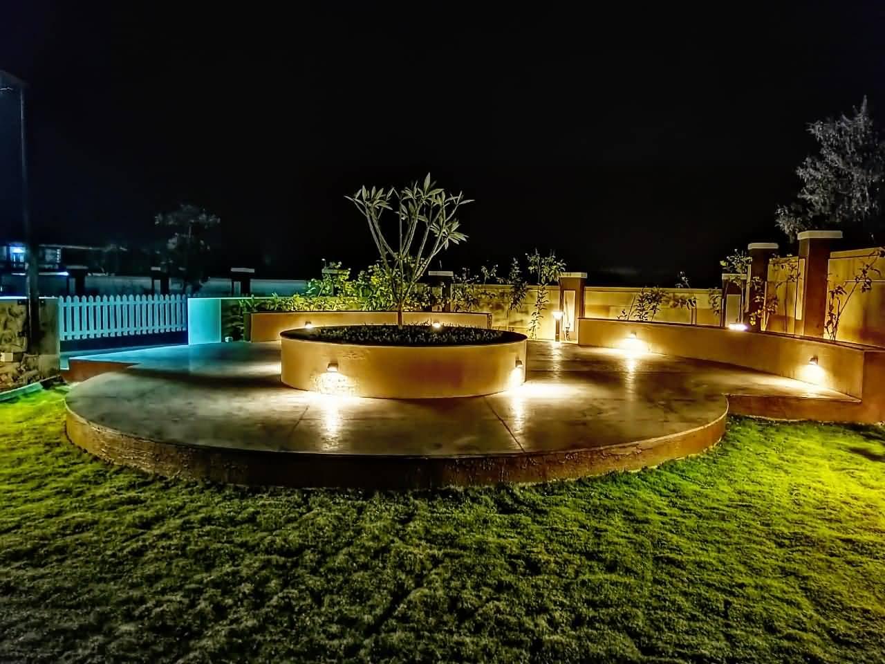 HAVE Villa Garden view at night