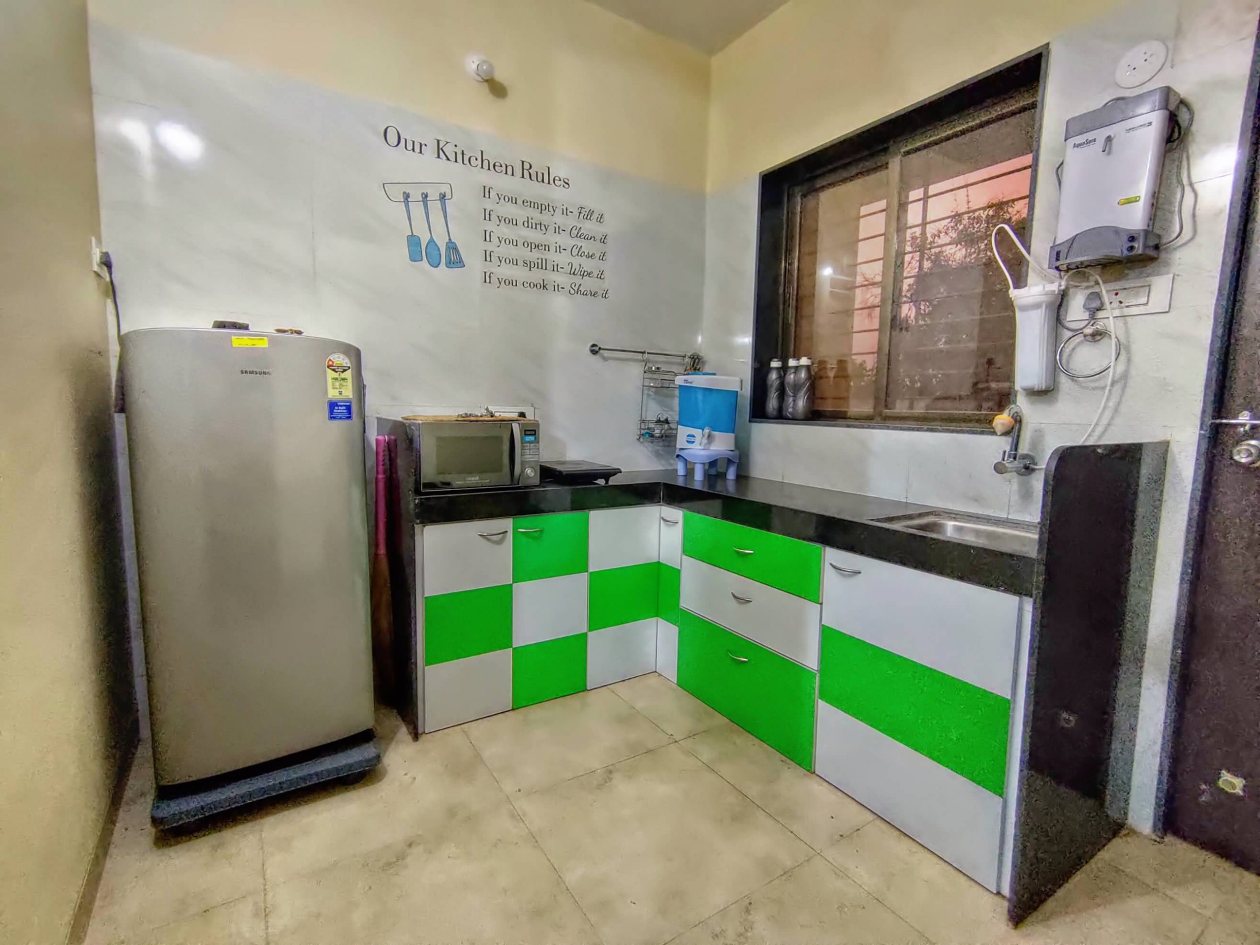 Kitchen with Refrigerator / Water purifier / Microwave