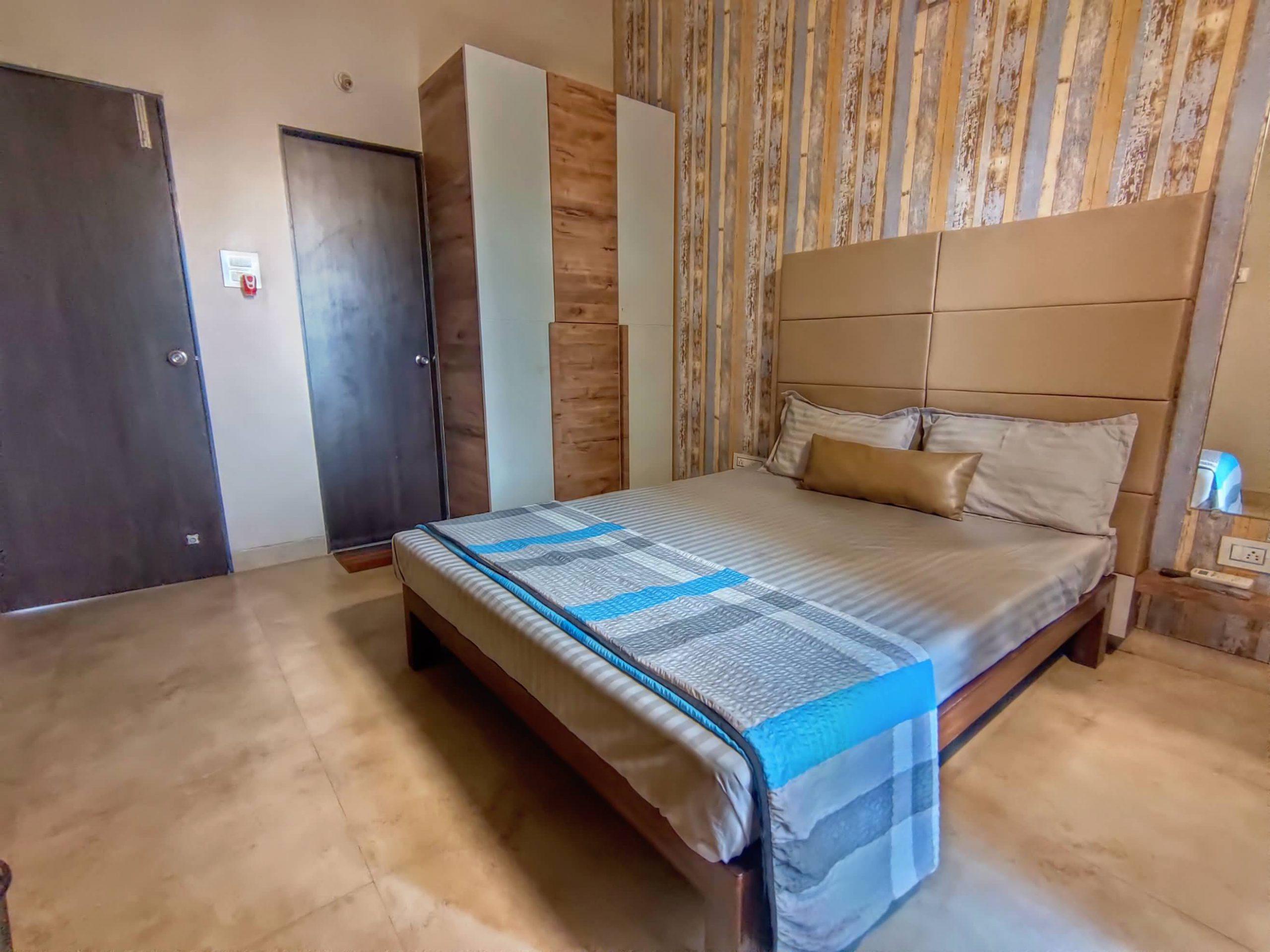 HAVE Villa 17 - Bedroom with Wardrobe