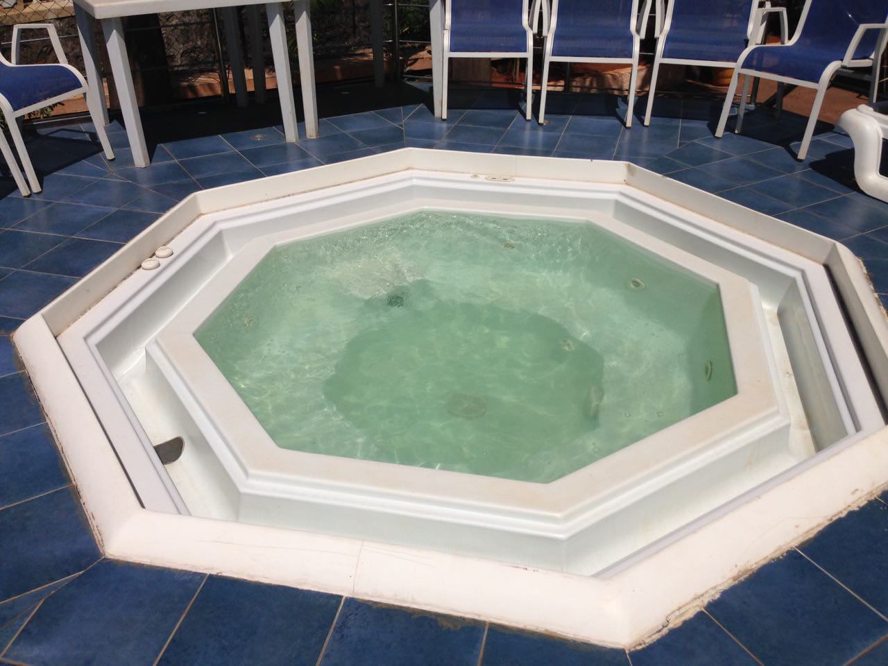 Jacuzzi for your gang